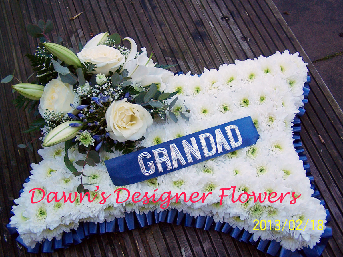 Pillow with name funeral flowers london funeral flower delivery izmirmasajfo